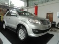 Toyota Fortuner 2.7V 4x2 AT 2013