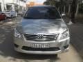 Toyota Innova 2.0 E 2012